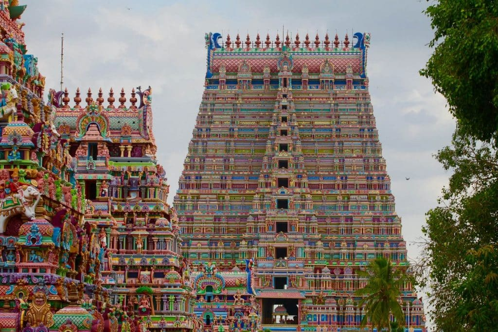 srirangam is one of the famous temple in trichy